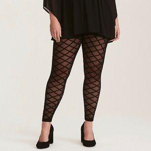 TORRID! 2X Black Quilted Mesh Leggings